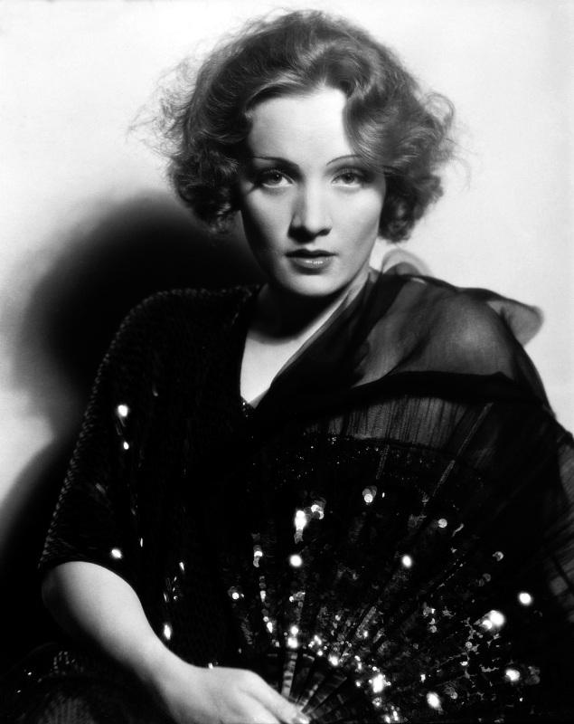 Eugene Richee, 'Retrato de estudio de Marlene Dietrich' (1933)