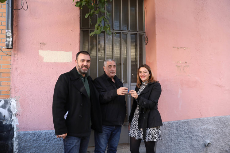 Nacho Murgui, Francisco Pérez Ramos y Gisela Acosta Silveria (Foto: Madrid.es)