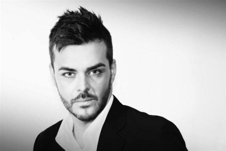 El cantante Alberto Moreno