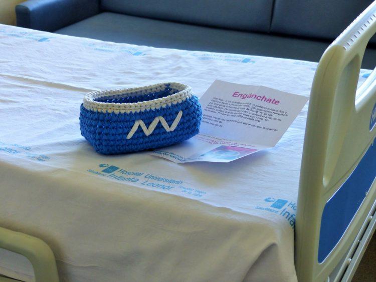 'Engánchate': tejiendo en grupo para afrontar el cáncer de mama